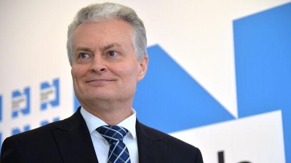 Кандидат в президенты Литвы, экономист Гитанас Науседа в своём избирательном штабе в Литве