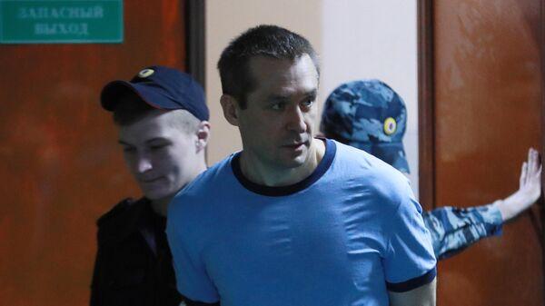 Дмитрий Захарченко, обвиняемый в коррупции, перед началом заседания Пресненского суда города Москвы