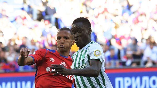 Родриго Бекао (слева) и Аблайе Мбенг