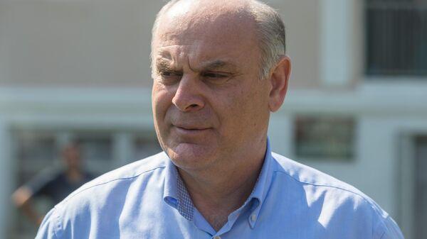 Кандидат в президенты Абхазии Аслан Бжания