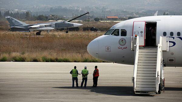 В Сирии террористы атаковали российскую авиабазу