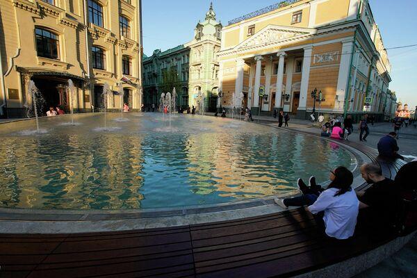 Сухой фонтан на Биржевой площади в Москве