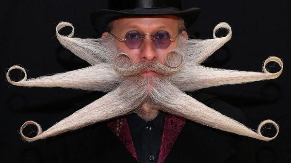 Участник международного чемпионата мира среди обладателей бород и усов в Антверпене, Бельгия