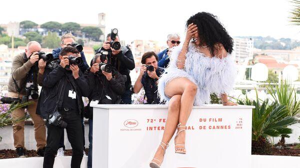 Актриса Лейна Блум на фотосессии фильма Даниэль Лессовиц Порт Аторити в рамках 72-го Каннского международного кинофестиваля