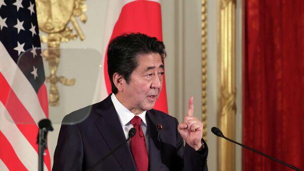 Премьер-министр Японии Синдзо Абэ на пресс-конфернции с президентом США Дональдом Трампом. 27 мая 2019