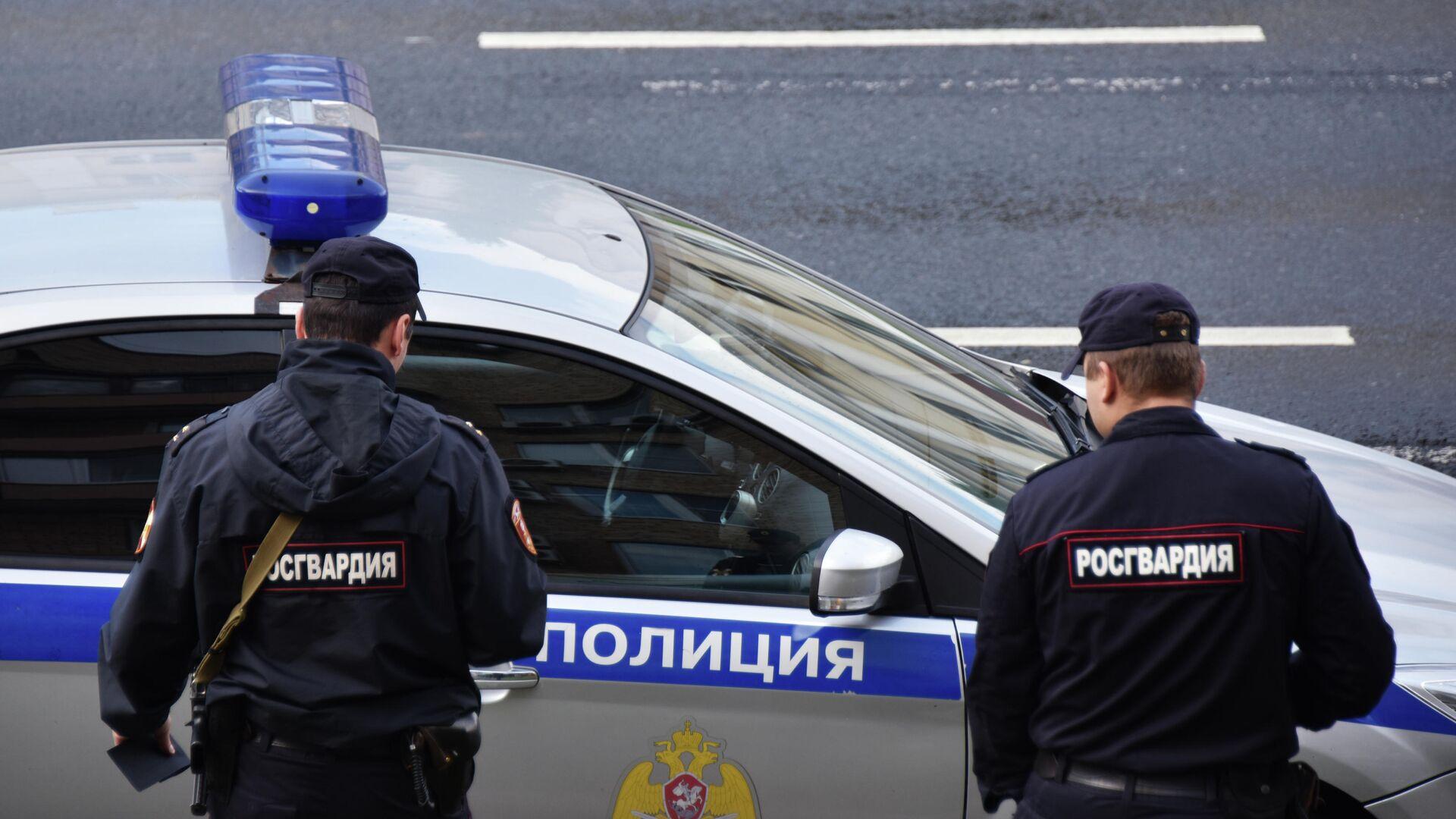 Сотрудники полиции - РИА Новости, 1920, 09.11.2020