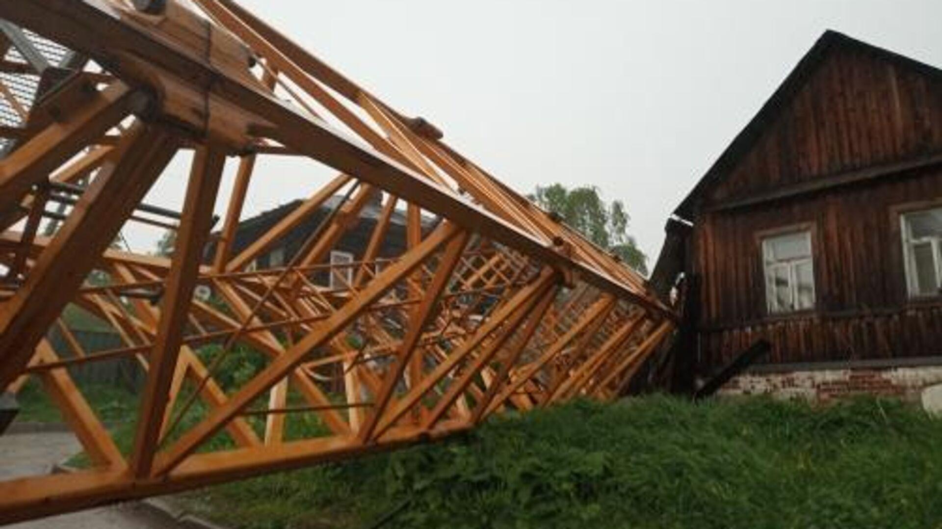 Падение строительного крана в Дзержинском районе Перми. 27 мая 2019 - РИА Новости, 1920, 22.10.2020