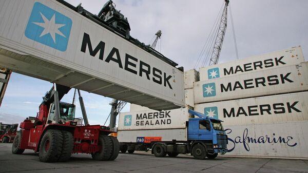 Досмотр большегрузного транспорта в порту Балтийска