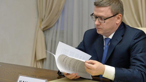 Алексей Текслер на процедуре подачи документов для