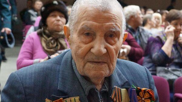 Ветеран Великой Отечественной войны из города Вольск Саратовской области Василий Романов