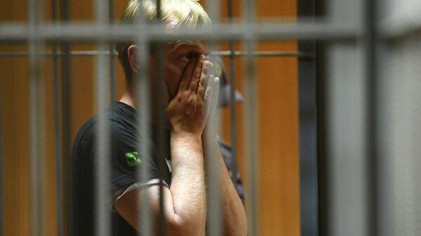 Журналист интернет-издания Медуза Иван Голунов, обвиняемый в незаконном обороте наркотиков, на заседании Никулинского суда города Москвы. 9 июня 2019