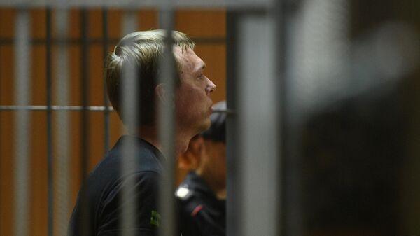 Журналист интернет-издания Медуза Иван Голунов, обвиняемый в незаконном обороте наркотиков, на заседании Никулинского суда города Москвы. 8 июня 2019