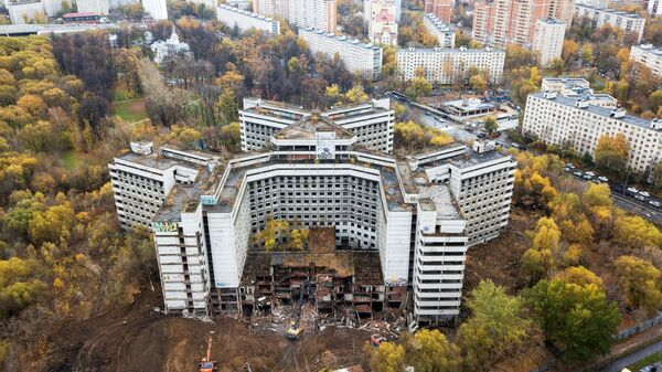 Начало сноса недостроенной Ховринской больницы в Москве