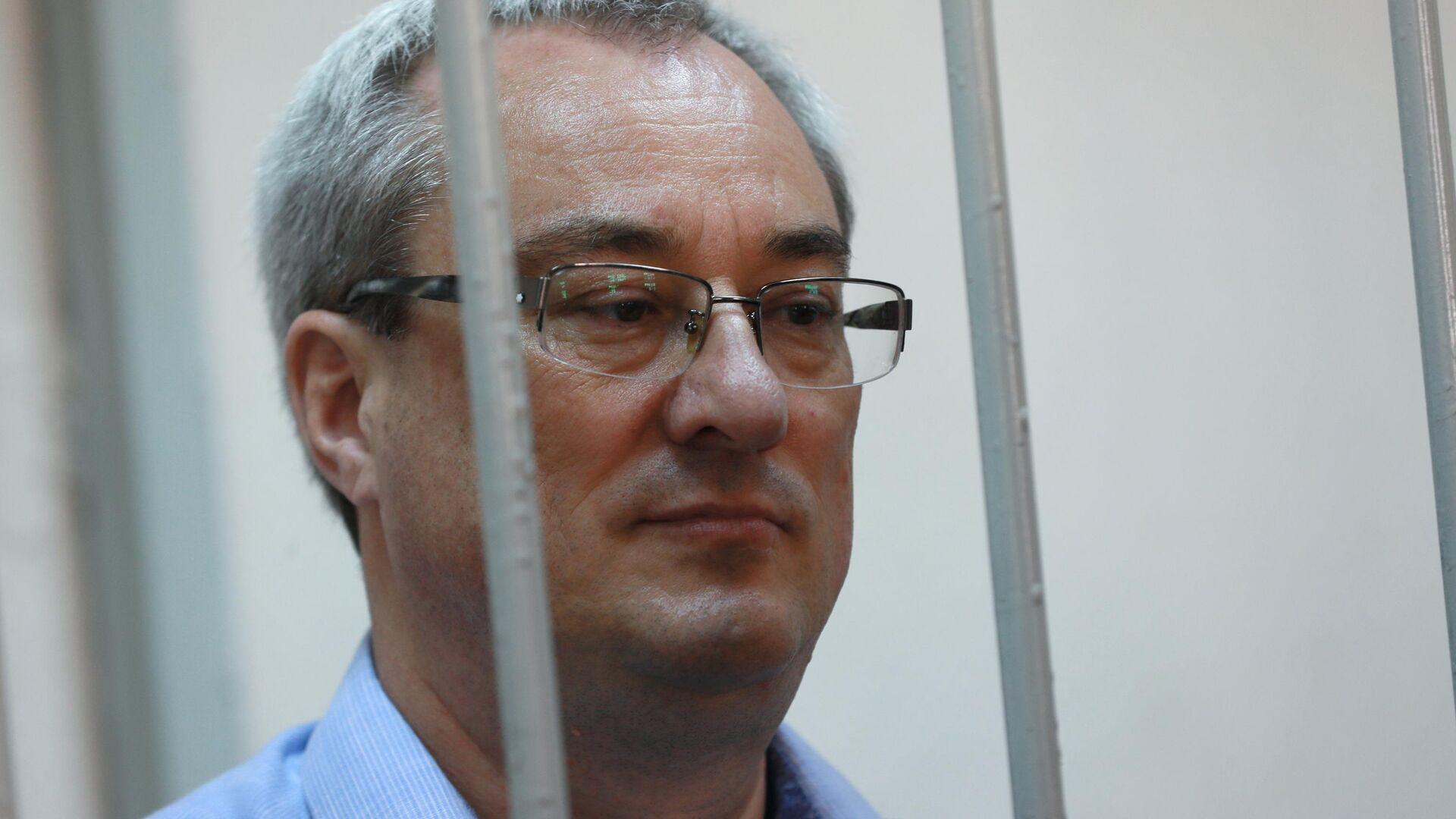 Суд освободил экс-главу Коми от наказания по делу о превышении полномочий