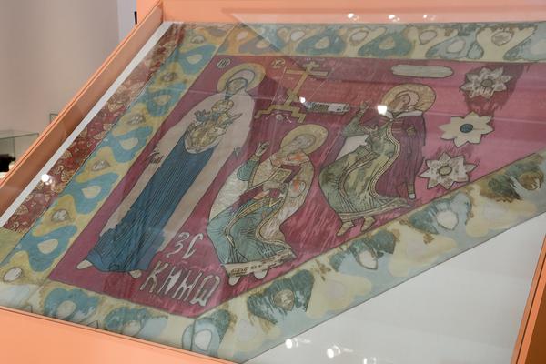Экспонат Воеводское знамя князя Ивана Никитича Одоевского на  выставке 500 лет Тульскому кремлю в Государственном историческом музее