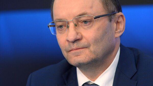 Первый заместитель генерального директора ОАО РЖД Александр Мишарин