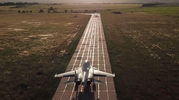 Дозаправка в воздухе: как авиация ЗВО отрабатывает континентальные полеты