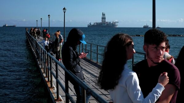 Буровая платформа у побережья Кипра. Архивное фото