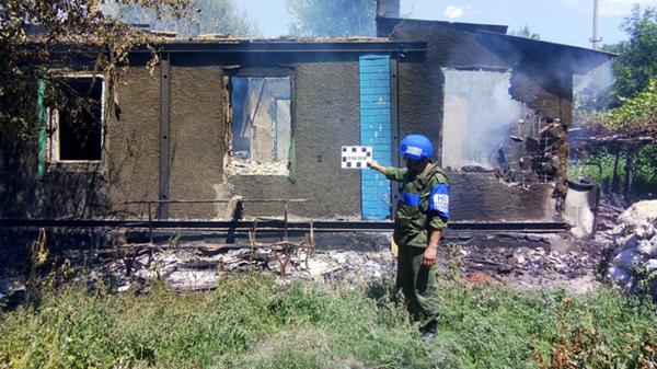 Обстрел населенного пункта Золотое-5 в ЛНР со стороны ВСУ