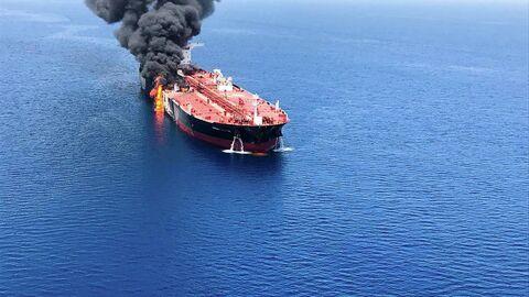 Пробирка Помпео. США обвинили Иран в атаке на танкеры