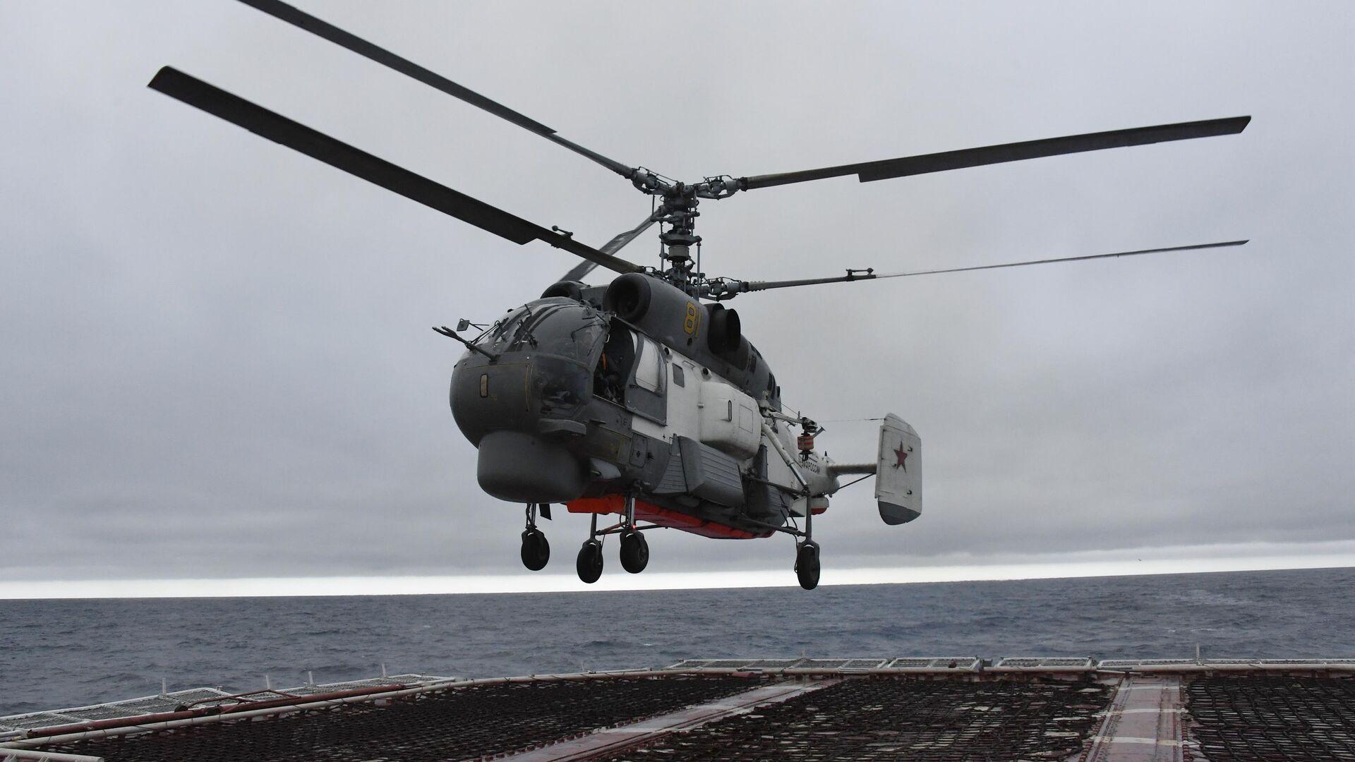 Вертолет Ка-27 во время совместных учений по поиску и спасению на море Сарекс-2019  - РИА Новости, 1920, 28.02.2021