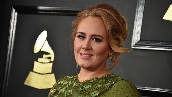 Певица Адель на 59-й ежегодной премии Грэмми в Лос-Анджелесе