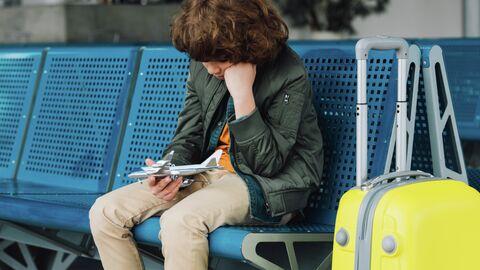 Мальчик в аэропорту