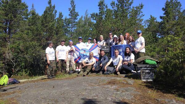 Волонтеры обустроили туристические маршруты на острове Гогланд