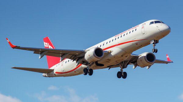 Самолет грузинской авиакомпании  Airzena