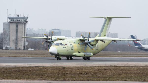 Новейший российский легкий военно-транспортный самолет Ил-112В