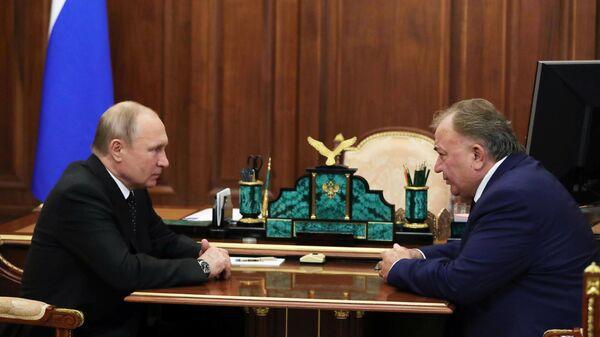 Президент РФ В. Путин назначил врио главы Республики Ингушетия Махмуд-Али Калиматов