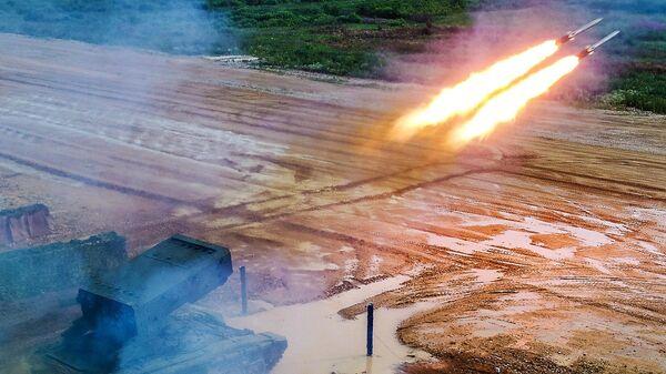 Стрельбы из тяжёлой огнемётной системы ТОС-1А Солнцепёк