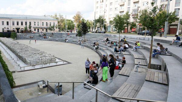 Ступенчатый амфитеатр на Хохловской площади, получивший народное название Яма