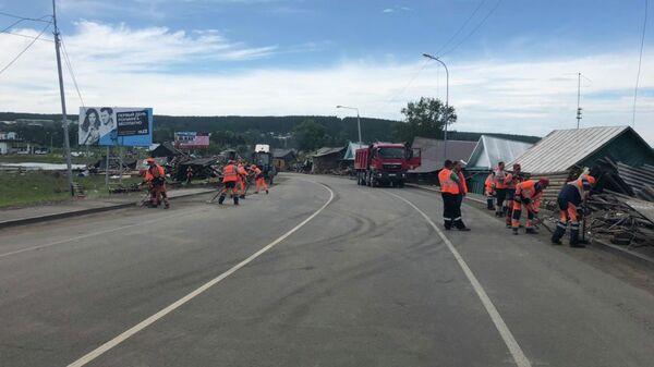 Участок автомобильной дороги Р-255 открытый для движение легковых автомобилей в сторону Красноярска в Тулунском районе