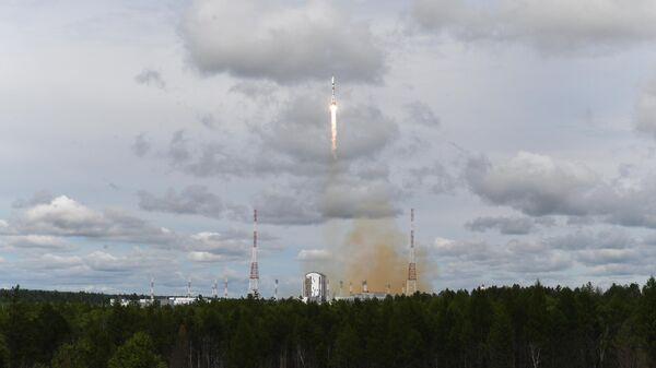 Пуск ракеты-носителя Союз-2.1б с разгонным блоком Фрегат и метеорологическим спутником Метеор-М номер 2-2 с космодрома Восточный. 5 июля 2019