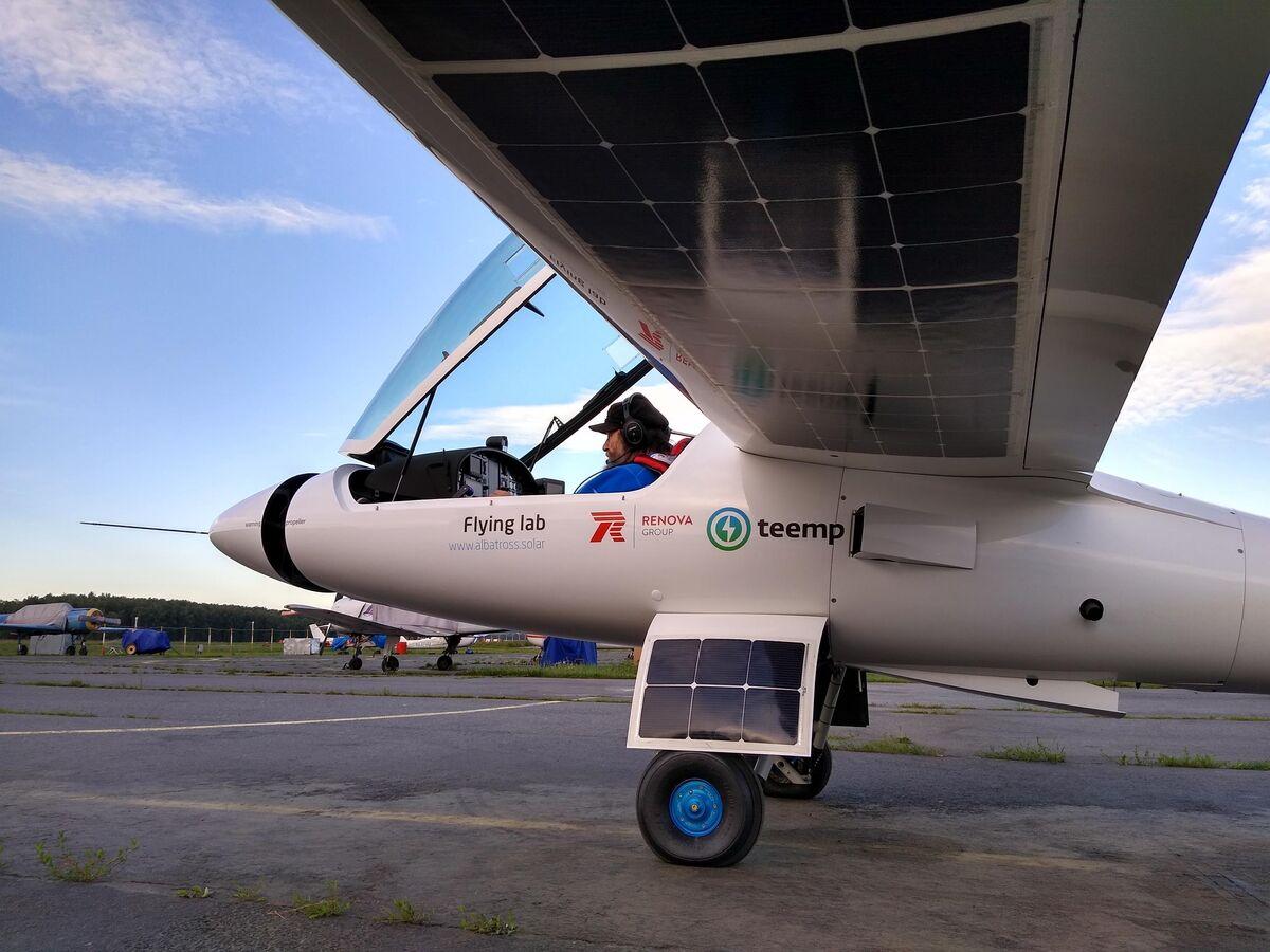 Федор Конюхов на экспериментальном самолете достиг Крыма