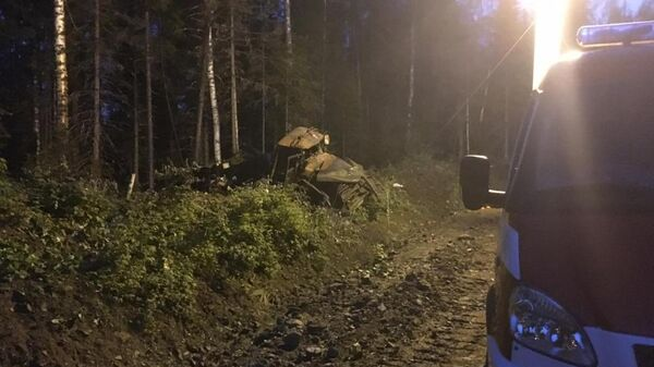 Ликвидация ДТП с участием бензовоза на севере Свердловской области. 7 июля 2019
