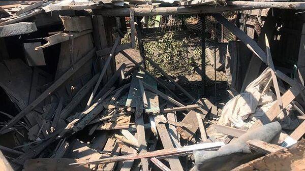 Разрушения в селе Коминтерново в Донецкой области, где съёмочная группа телеканала Звезда попала под обстрел. 7 июля 2019