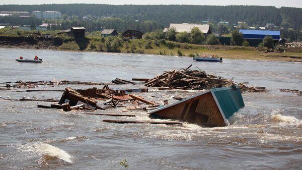 Последствия подтопления в городе Тулун в Иркутской области
