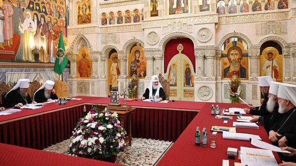 Патриарх Московский и всея Руси Кирилл на заседании Священного Синода Русской православной церкви в Спасо-Преображенском Валаамском монастыре