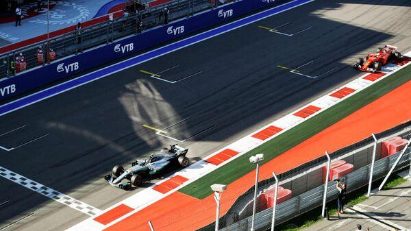 Вид на трассу Формулы-1 в Сочи с Главной трибуны