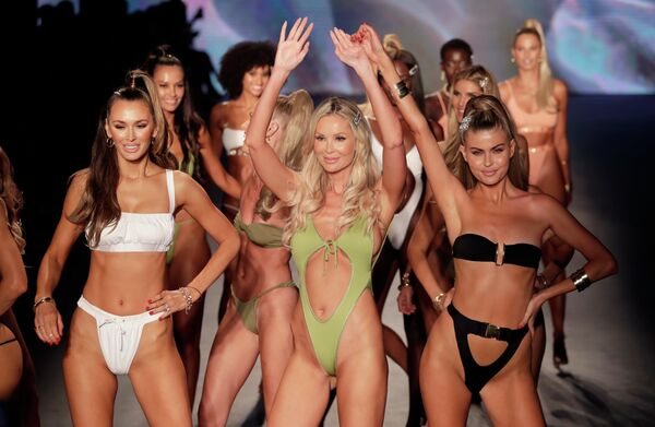 Показ коллекции Monica Hansen на Неделе моды Miami Swim Week 2019