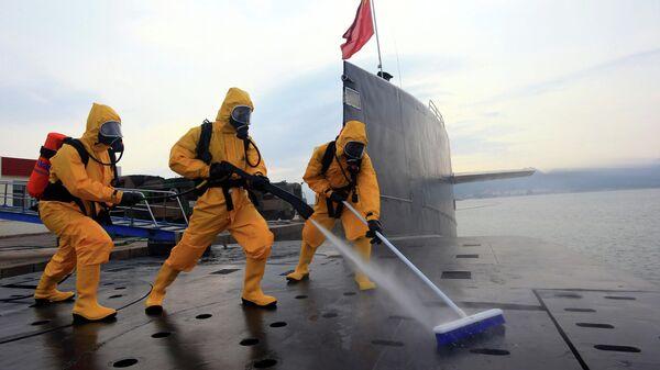Атомная подводная лодка ВМС Китая на военной базе Циндао