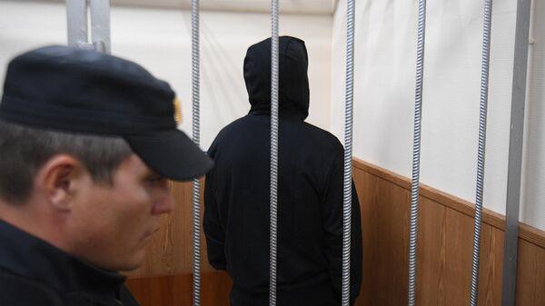 Олег Медведев в зале заседаний Басманного суда города Москвы