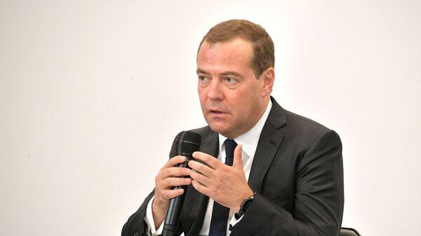 Председатель правительства РФ Дмитрий Медведев проводит встречу с экспертами в области развития городской среды в рамках рабочей поездки в Тулу.