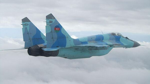 Azerbaijani fighter jet crashes in training flight