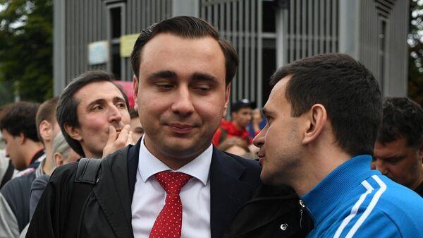 Кандидат в депутаты МГД Жданов отказался отвечать почти на все вопросы