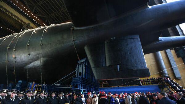 Спуск на воду атомной подводной лодки