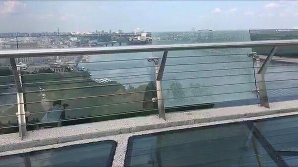 Пешеходно-велосипедный мост в Киеве