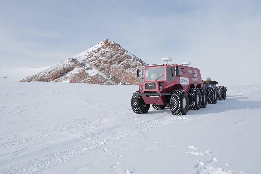 Антарктида, вездеход Емеля